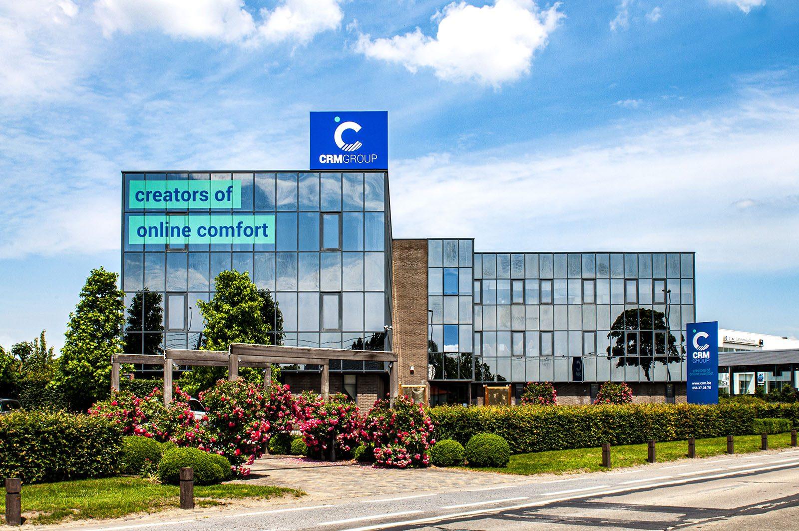 Volledige restyling bedrijfsgebouw CRM Group
